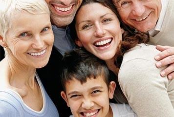 AU CŒUR, L'ENFANCE, LA FAMILLE ET LA JEUNESSE