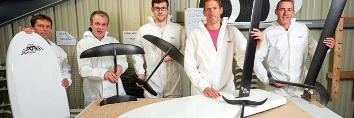 SoCarbon conçoit des foils pour les kitesurfs